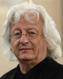 Portrait von Péter Esterházy